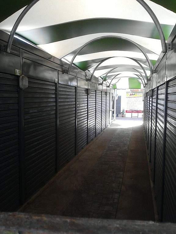 Un mercado en las cercanías de Plaza Girardot