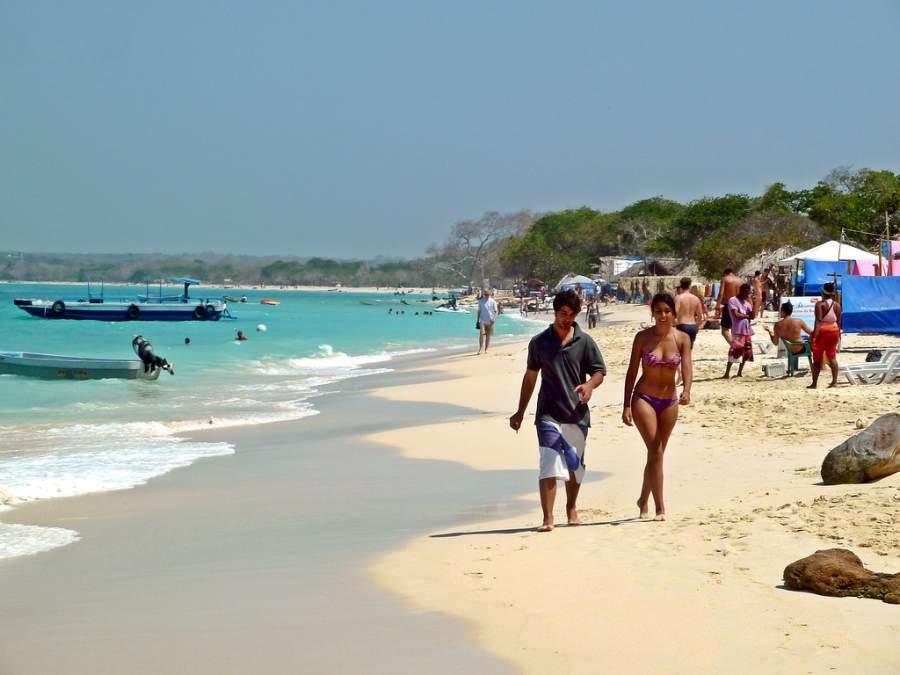Playa Blanca es uno de los principales atractivos en Isla Barú