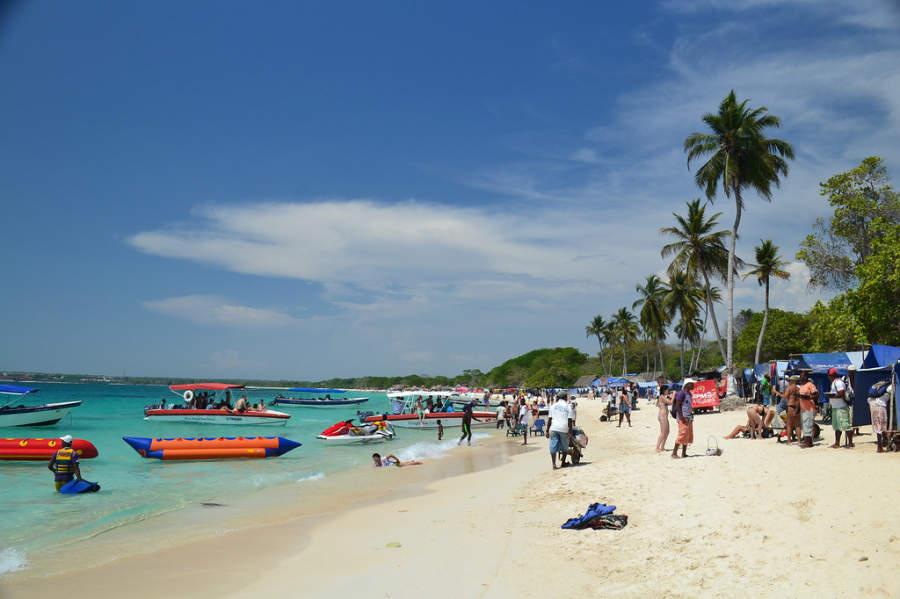Isla Barú es en realidad una península al sur de Cartagena, Colombia