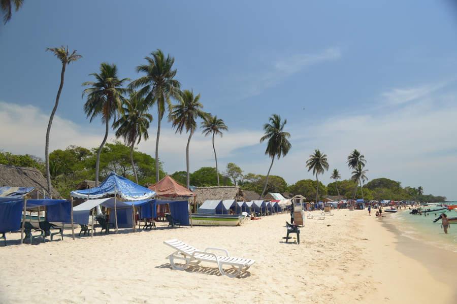 En Isla Barú podrás disfrutar del sol, la playa y el mar