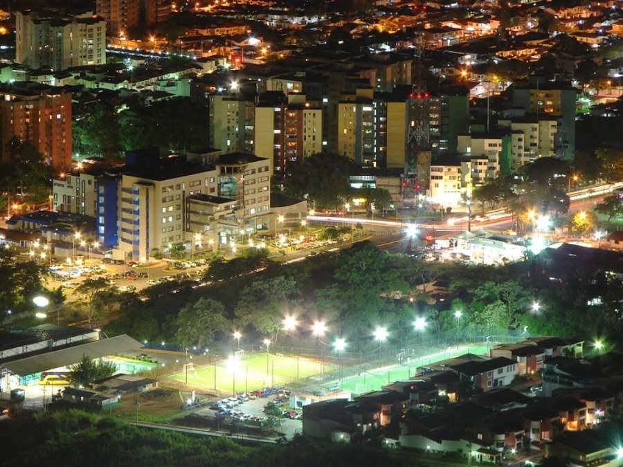 Vista nocturna de San Cristóbal