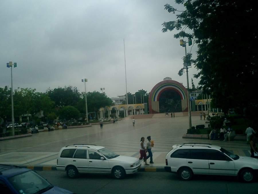 Plaza de Armas en la ciudad de Tumbes