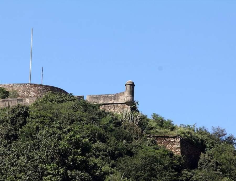 Fuerte El Vigía en la ciudad de La Guaira