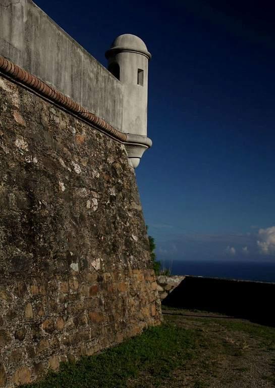 Toma la foto del Fuerte El Vigía en La Guaira