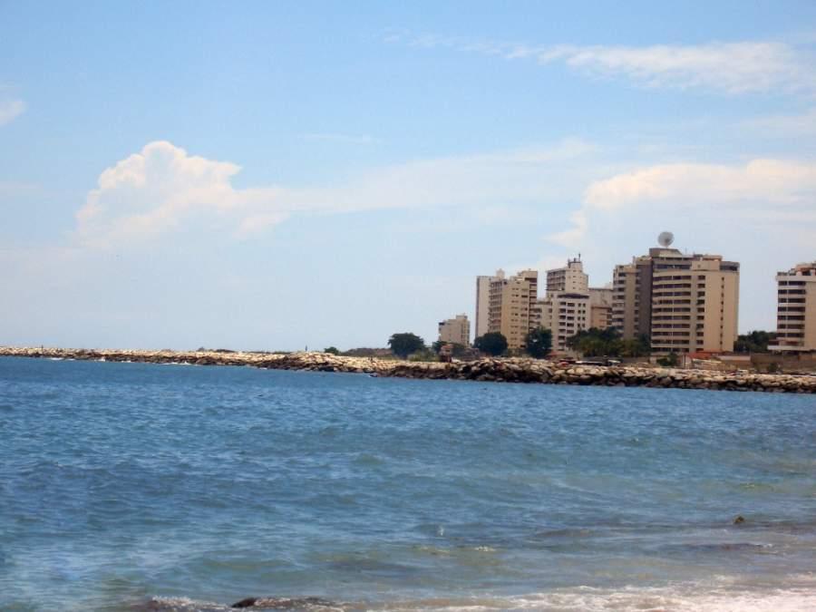 La Guaira se ubica a solo 30 kilómetros de Caracas