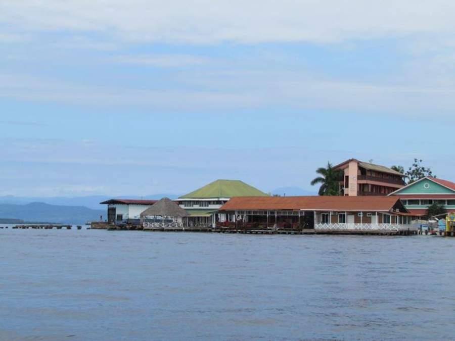 Bocas del Toro es un destino de fácil acceso por agua o por aire