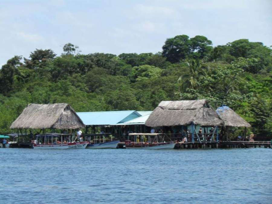Puerto de Bocas del Toro en Panamá