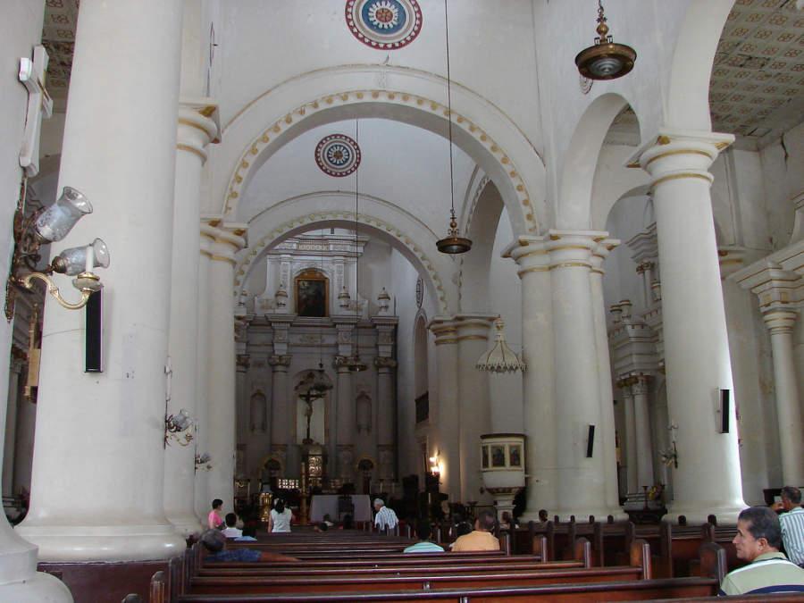 Interior de la Catedral Basílica de la Inmaculada Concepción