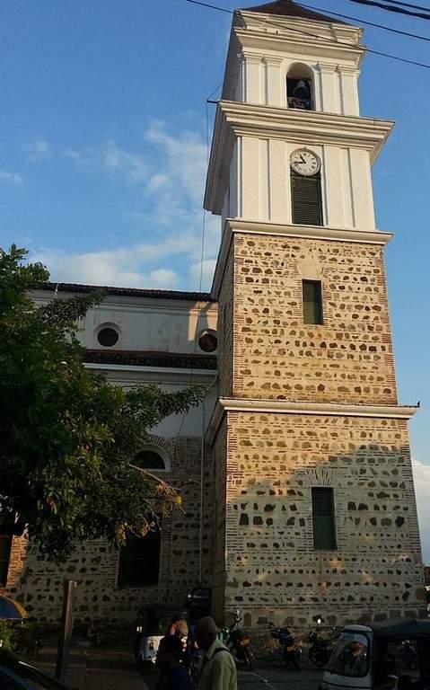 Maravíllate con la Catedral Basílica de la Inmaculada Concepción en Santa Fe de Antioquia