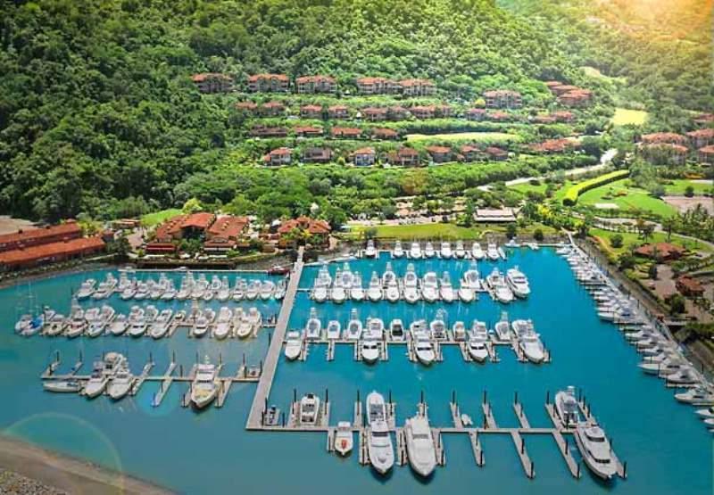 Vista de la marina del hotel Los Sueños Marriott en Herradura