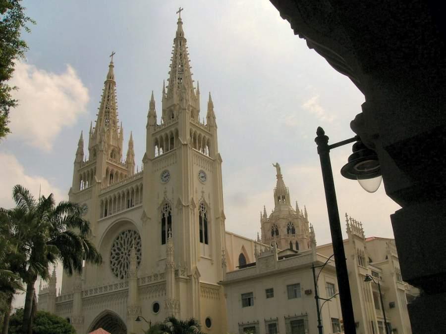 La Catedral Metropolitana de Guayaquil es de estilo neogótico