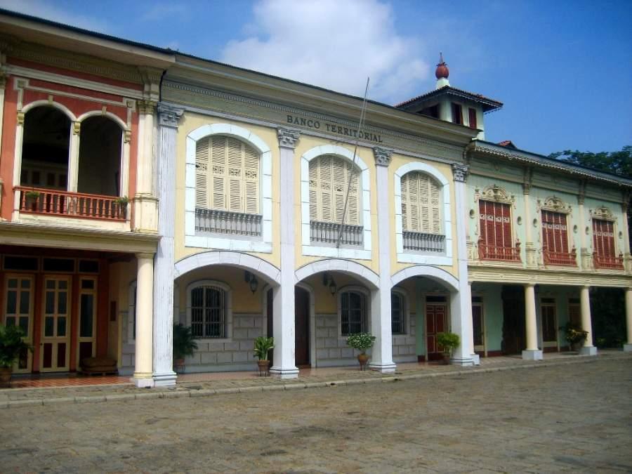 Edificios históricos en el Parque Histórico de Guayaquil