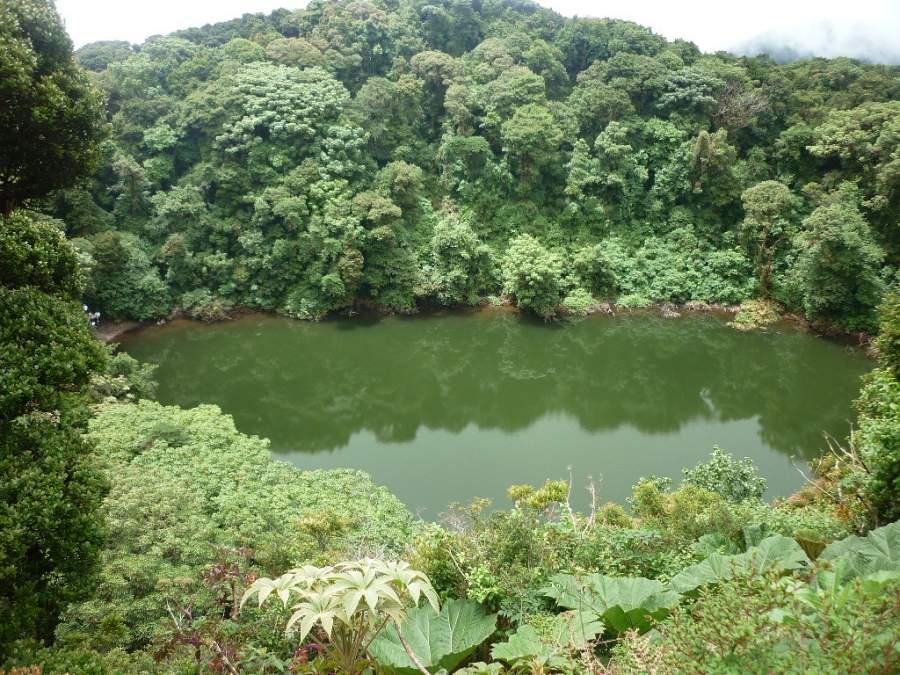 El volcán Barva se encuentra en las cercanías de San José de la Montaña