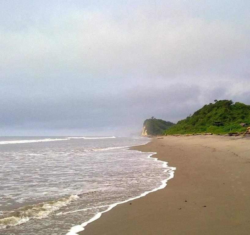 Punta Blanca forma parte de la Ruta del Sol ecuatoriana