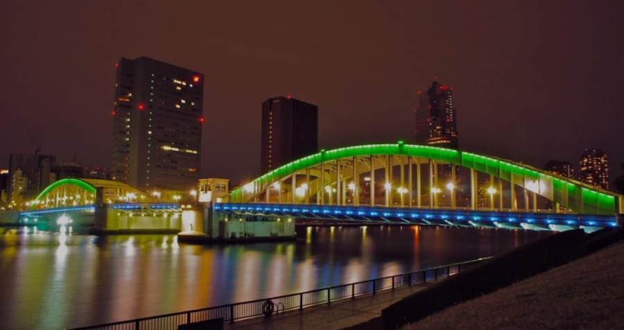 Puente Kachidoki en Tokio