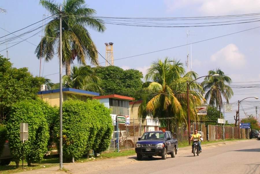 Una calle en la ciudad de Santo Tomás de Castilla