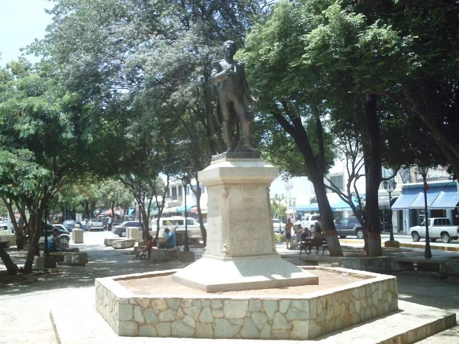 Plaza principal en la ciudad de Juan Griego