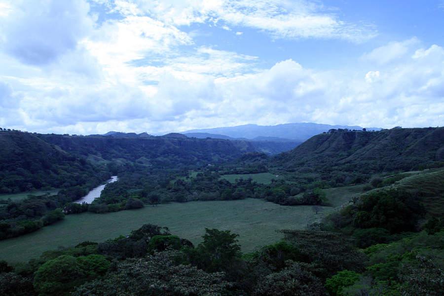 Río Coello está cerca de la ciudad de San Bonifacio de Ibagué