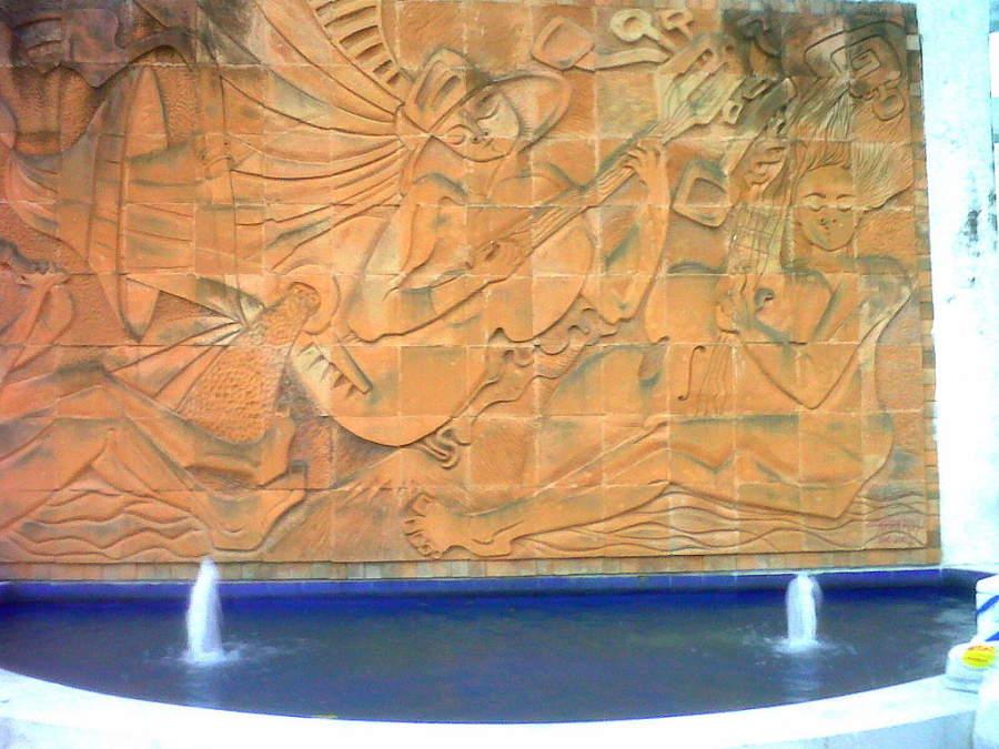 Mural de la Plazoleta de los Artesanos en San Bonifacio de Ibagué
