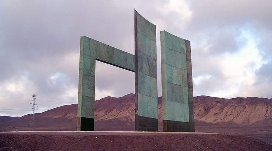 Hito Monumental del Trópico de Capricornio, a 28 kilómetros de Antofagasta