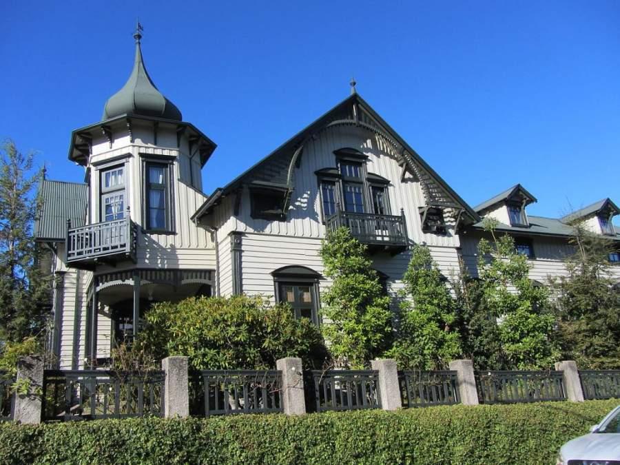 Casa Kuschel de estilo ecléctico mezcla del barroco, neogótico y neoclásico