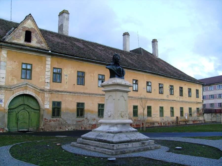 Busto en el distrito Terezian en Sibiu