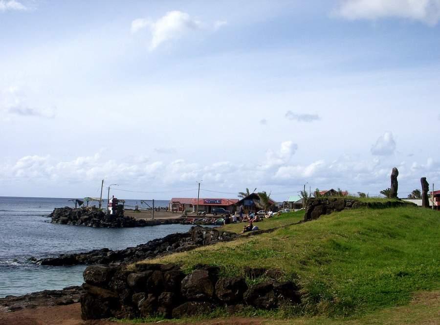 Hanga Roa está ubicada en medio del océano Pacífico