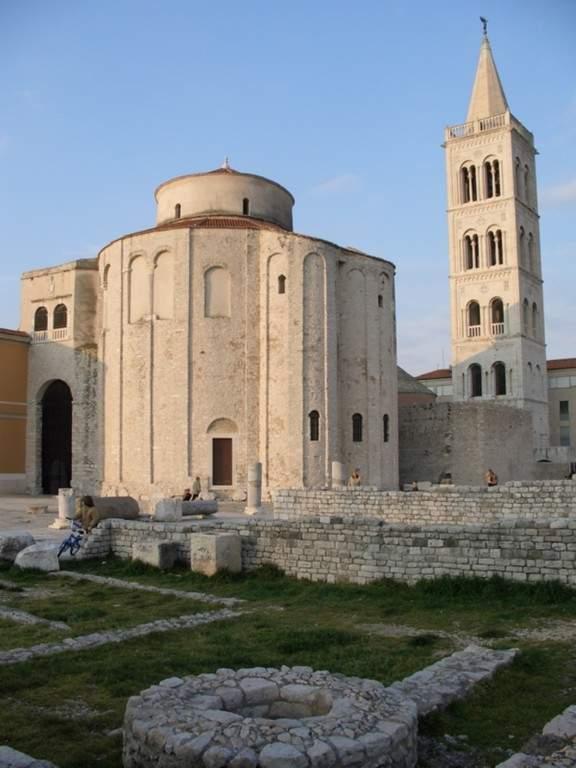 Iglesia de San Donato y foro romano en Zadar