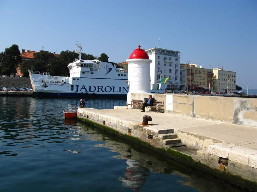 Faro en Zadar