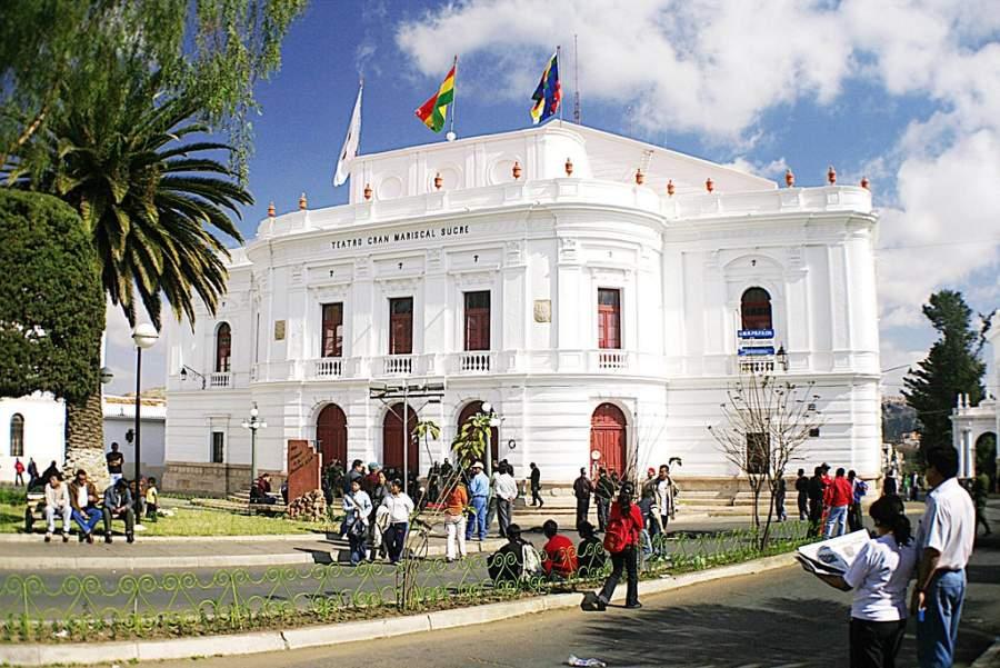 Conoce el Teatro Gran Mariscal en Sucre