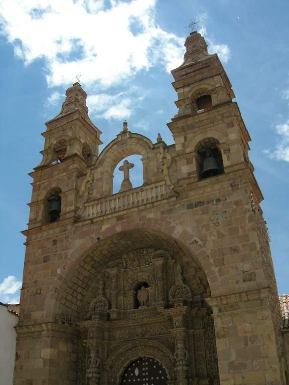 Iglesia de San Lorenzo en la ciudad de Potosí