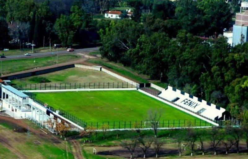 Vista aérea de un campo de polo en Pilar