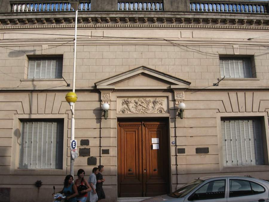 Biblioteca Popular Rafael Obligado en la ciudad de San Pedro