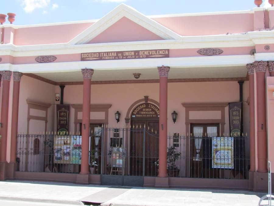 Edificio de la Sociedad Italiana de Unión y Benevolencia en San Pedro