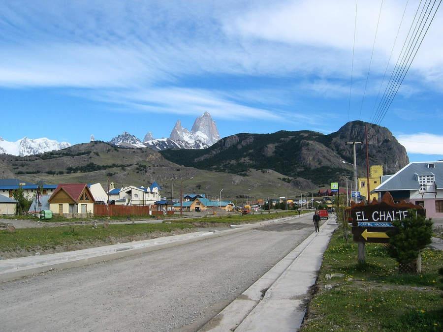 Paisaje de El Chaltén con el monte Fitz Roy al fondo