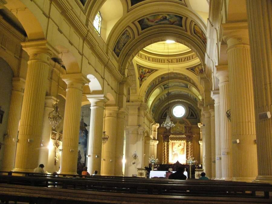 Interior de la Catedral de San Miguel de Tucumán