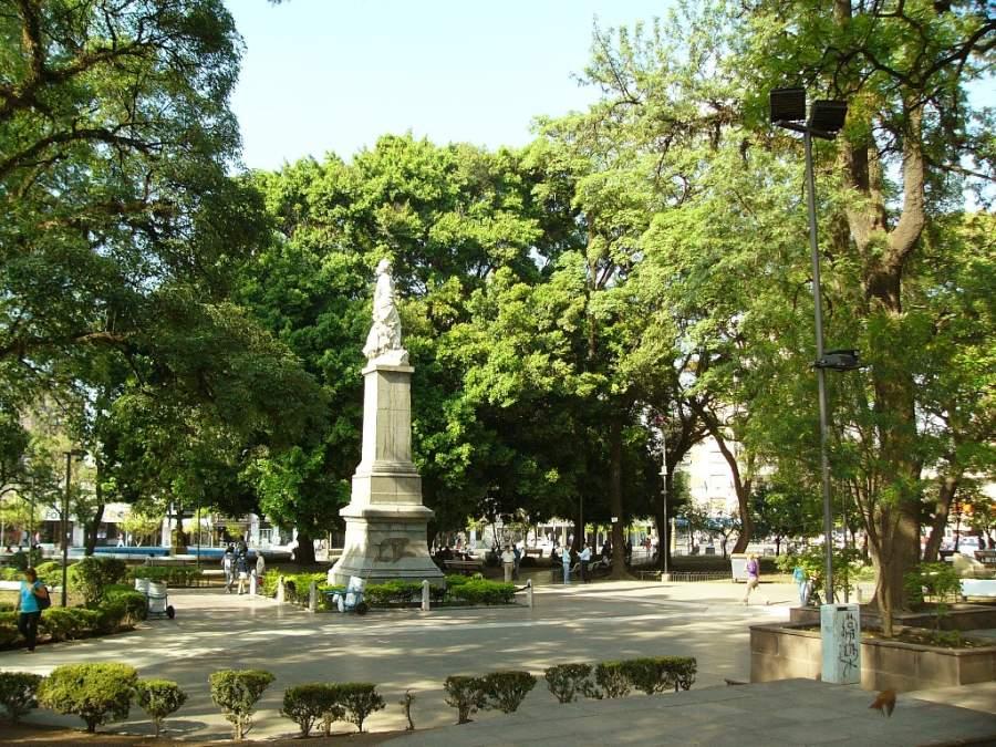 San Miguel de Tucumán es conocido como el Jardín de la República