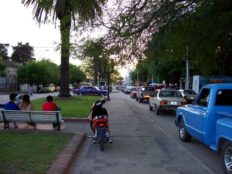 Calle en el centro de Ramallo