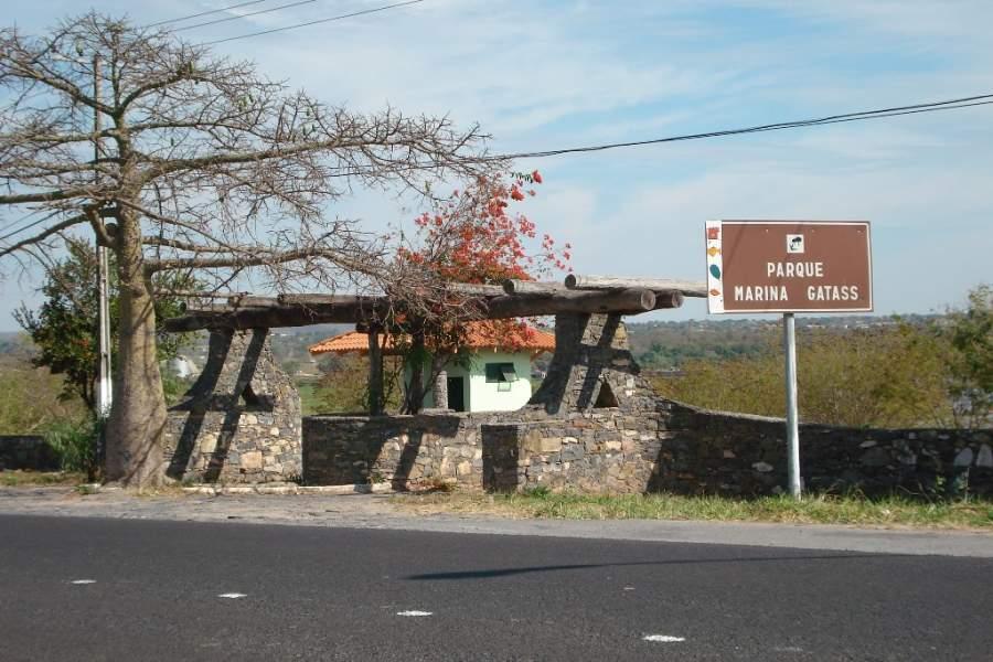 Parque Marina Gatass en la ciudad de Corumbá