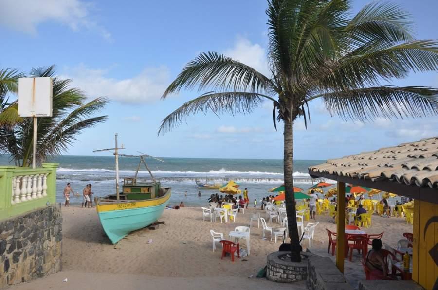 Playa de Arembepé en las afueras de Camaçari