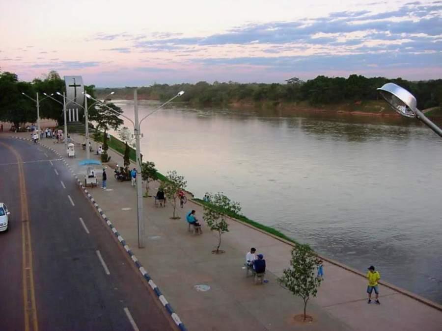 Malecón del río Vermelho