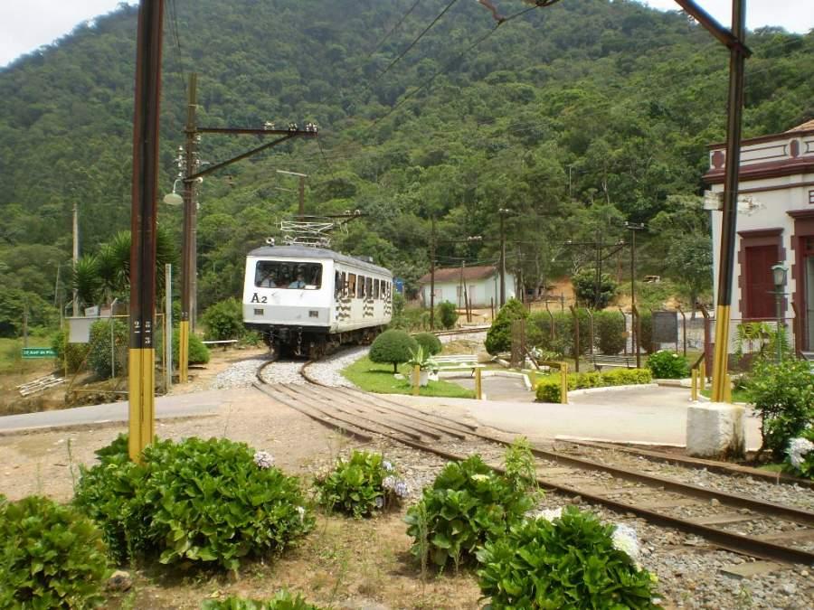 Ferrocarril pasando por Campos do Jordão