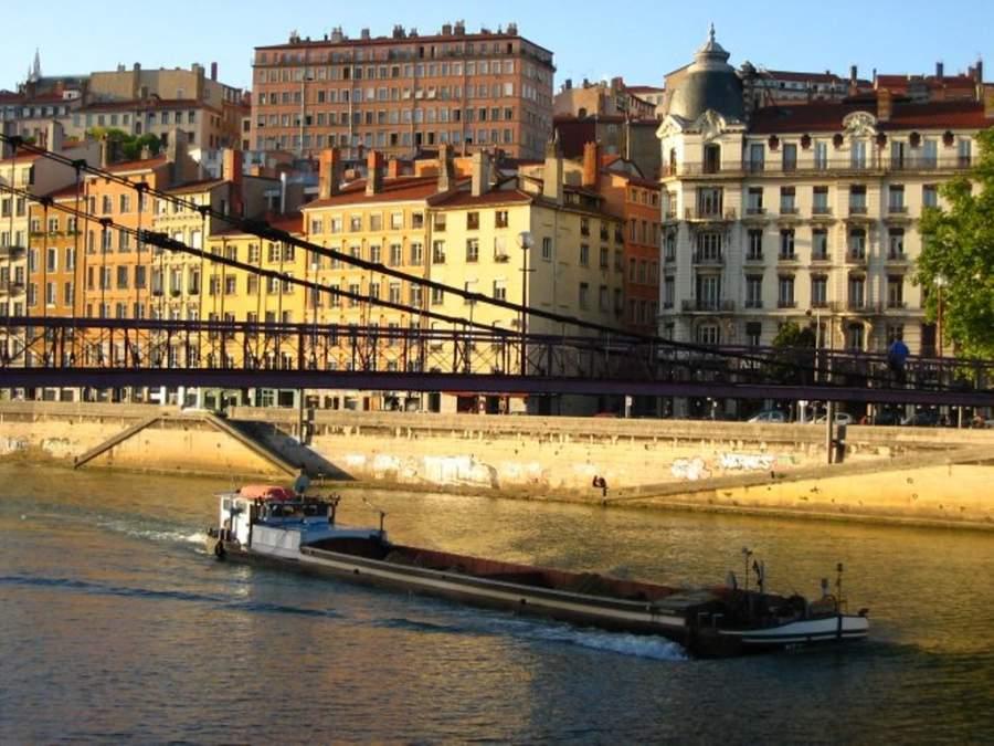 Lyon también es atravesado por el río Saona
