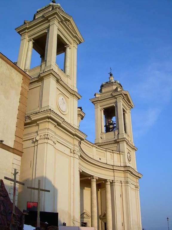 Fachada de la Iglesia Colegial de Santa María de la Asunción