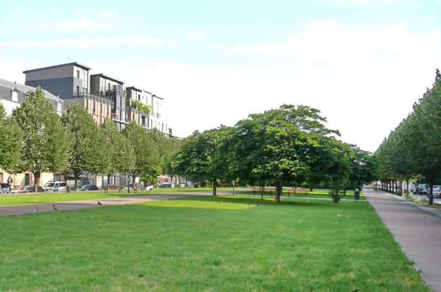 Área verde en el barrio La Plaine en Saint-Denis