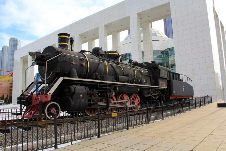 Toma la foto de los ferrocarriles chinos en Dalian