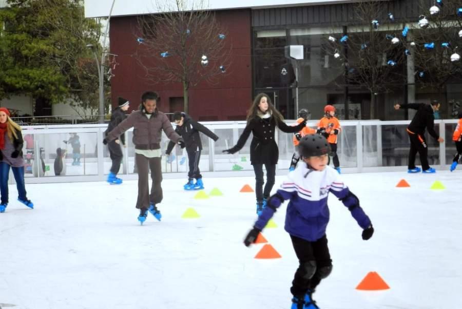 Pista de patinaje sobre hielo en Le Blanc-Mesnil