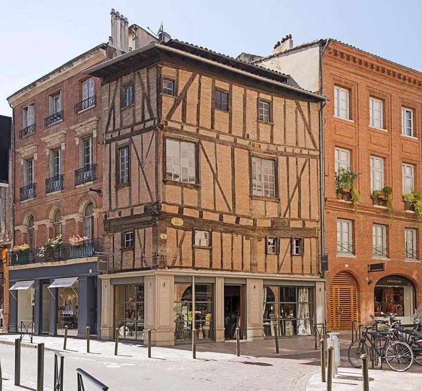 Construcciones en el centro histórico de Toulouse