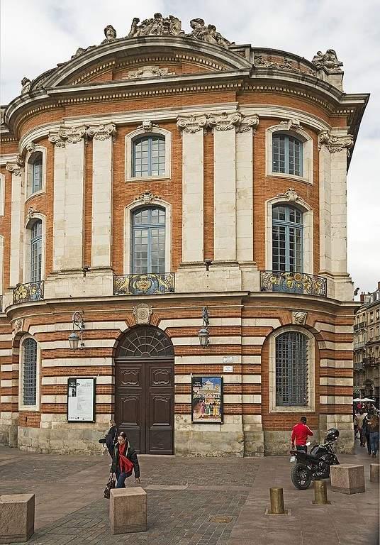 Entrada al Teatro del Capitolio de Toulouse