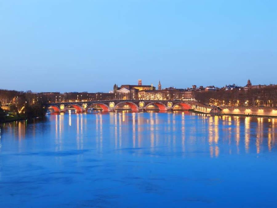Atardecer sobre el río Garona en Toulouse
